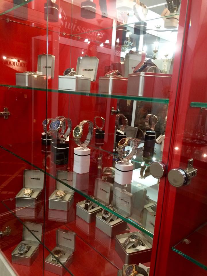 Swiss Corner - accesorii swiss made